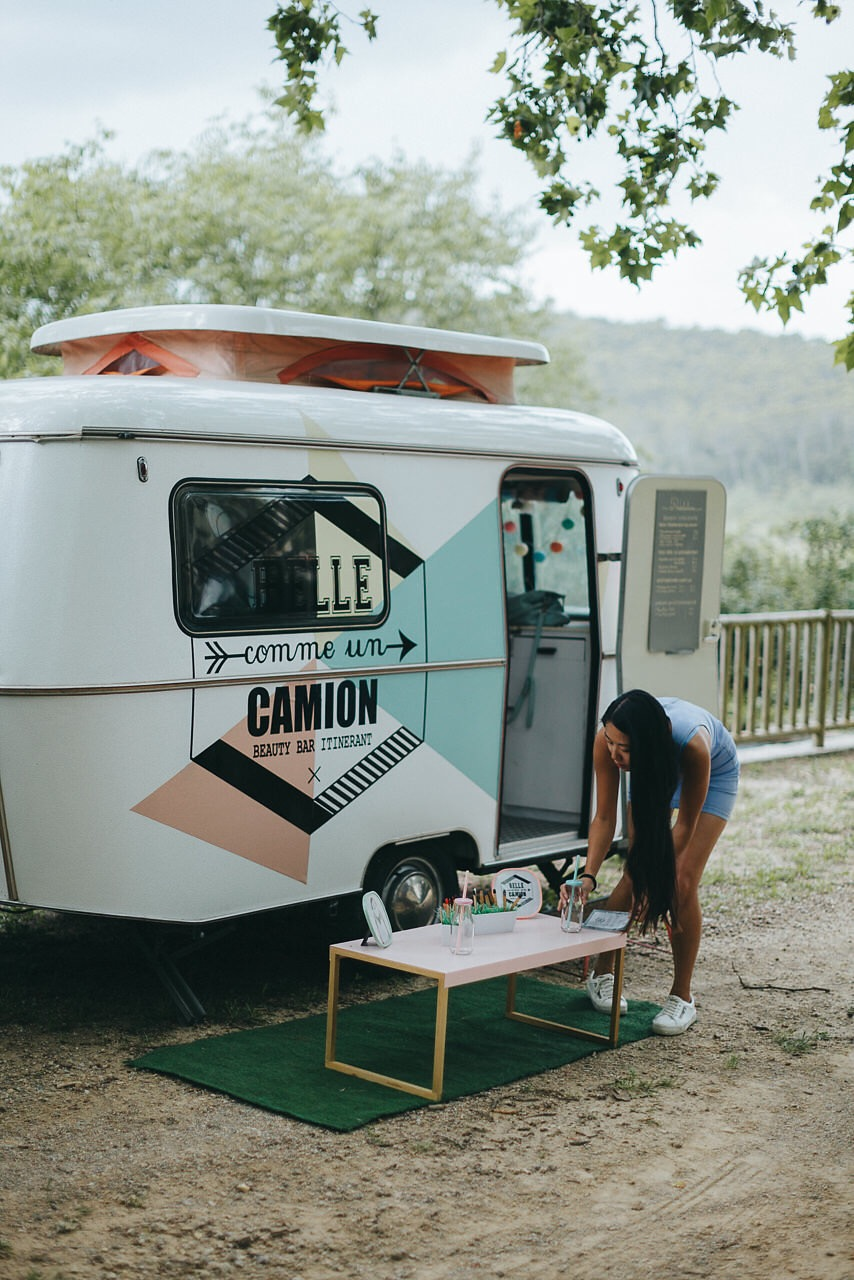 nina s wedding belle comme un camion. Black Bedroom Furniture Sets. Home Design Ideas